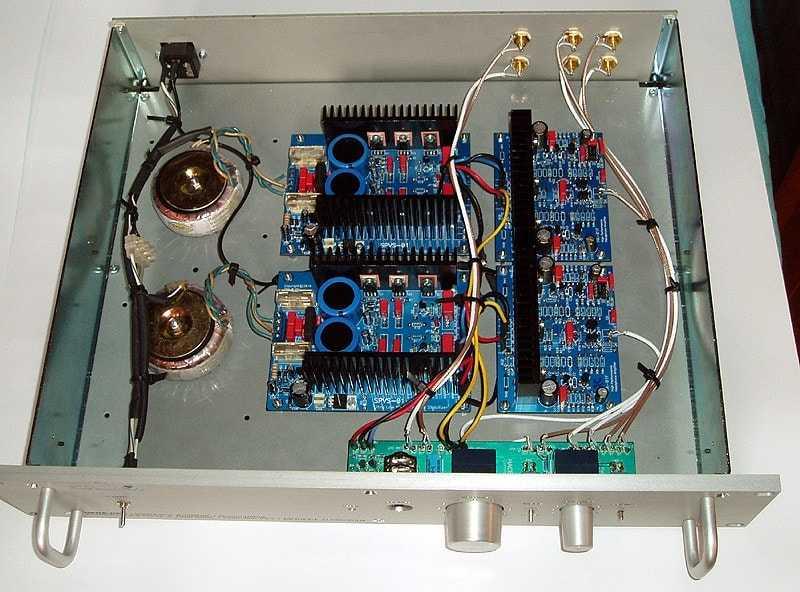 HPH-A2-FETMOSFET-02-web.jpg